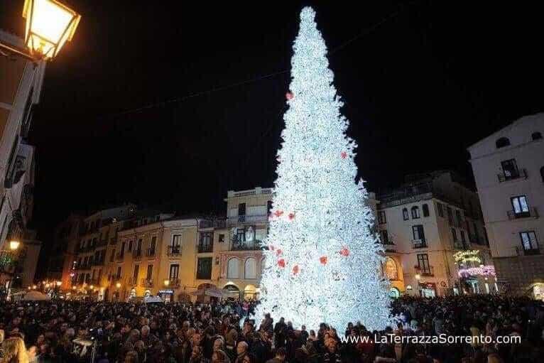 salerno christmas tree